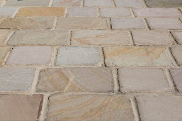 stonetraders-14-900×600
